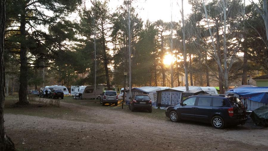 Zona de acampada del Camping La Dehesa de Cañamares