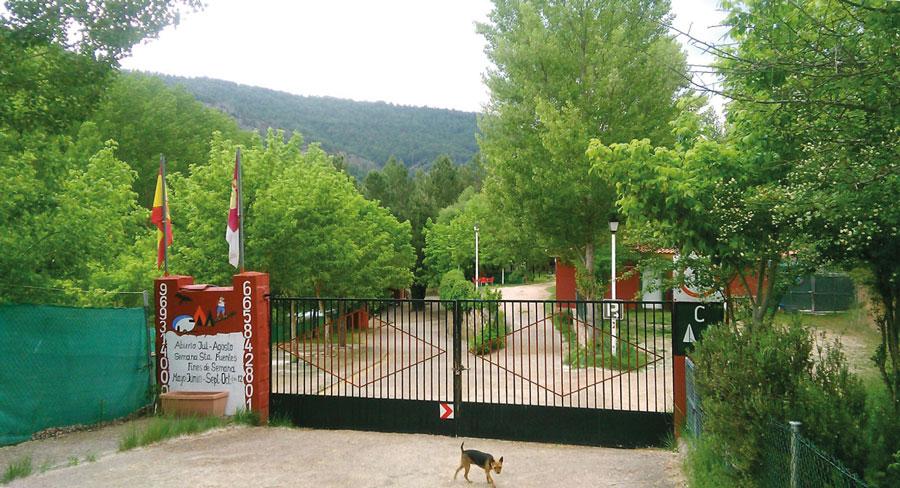 Entrada del Camping Serranía
