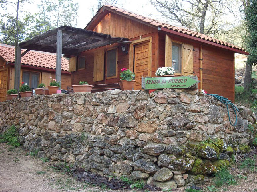 Bungalows del Camping Sierra de Peñascosa